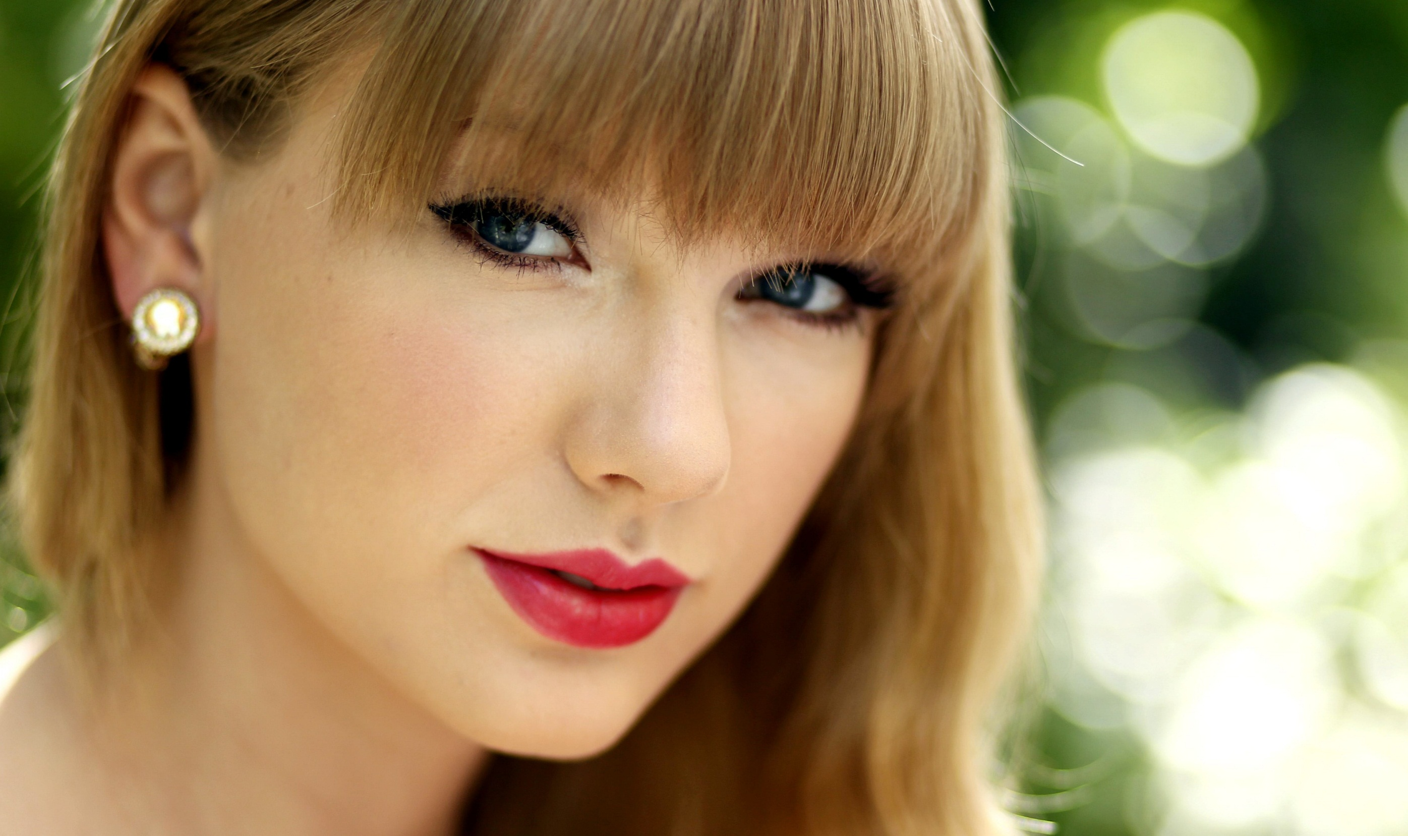 Taylor-Swift-2013-HD-Wallpaper-6